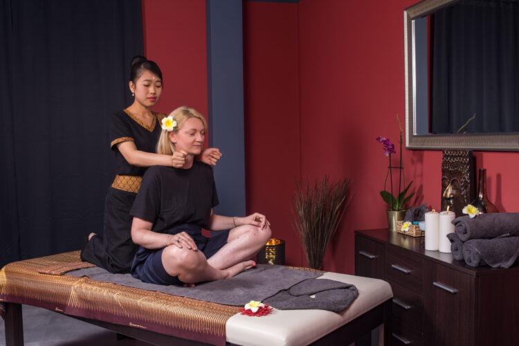 masaż tajski szyi głowy masaż pleców warszawa masaż warszawa Grodzisk Mazowiecki masaż dla pary warszawa