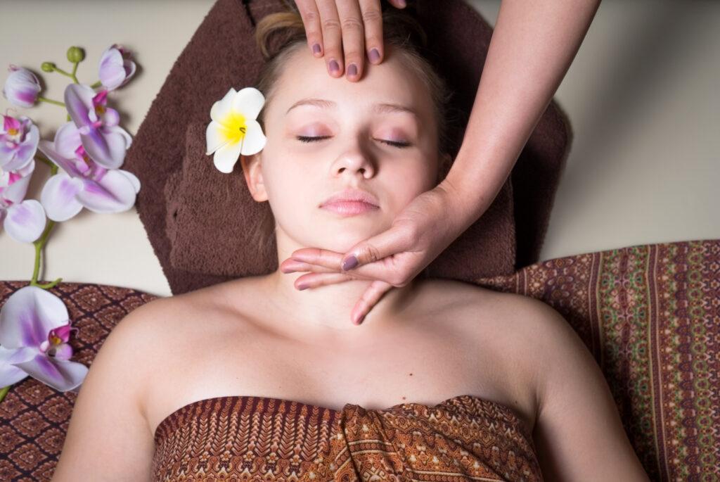 liftingujący masaż twarzy kobido warszawa japoński masaż twarzy warszawa grodzisk Ursynów